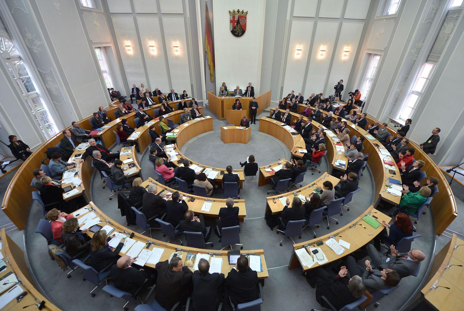 NICHT VERWENDEN Landtag Rheinland-Pfalz
