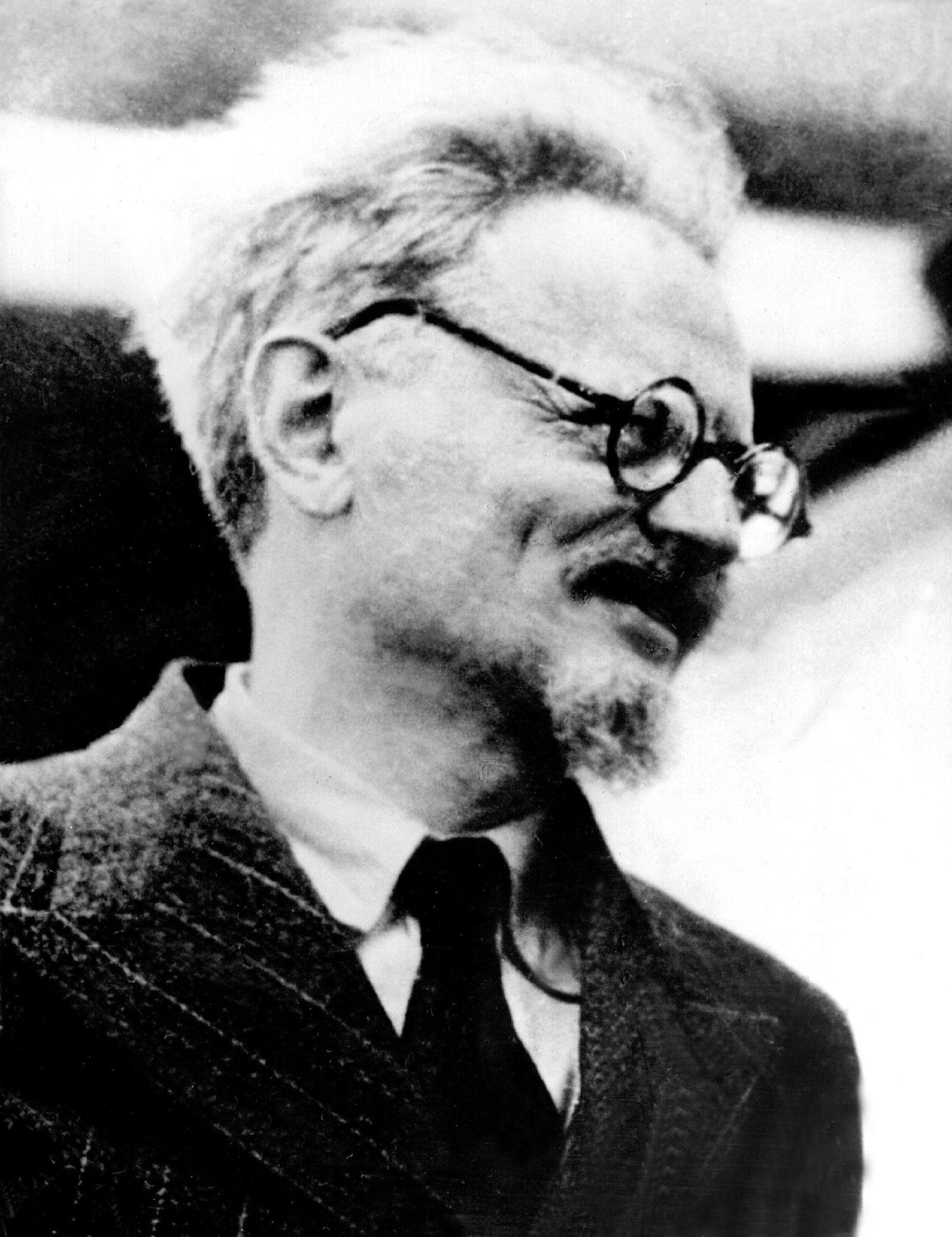 Leo Trotzki vor 125 Jahren geboren