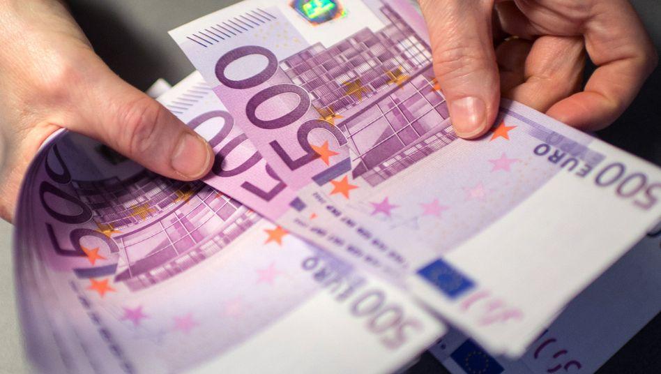 500-Euro-Scheine (Archiv)