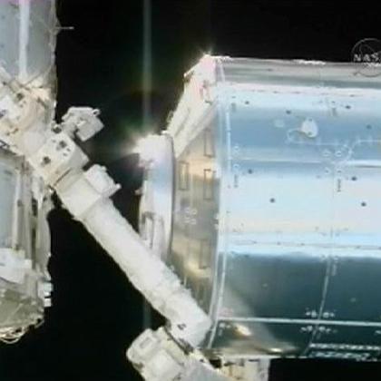 "Angedockt: Das ""Columbus""-Labor ist nun offiziell Teil der ISS."