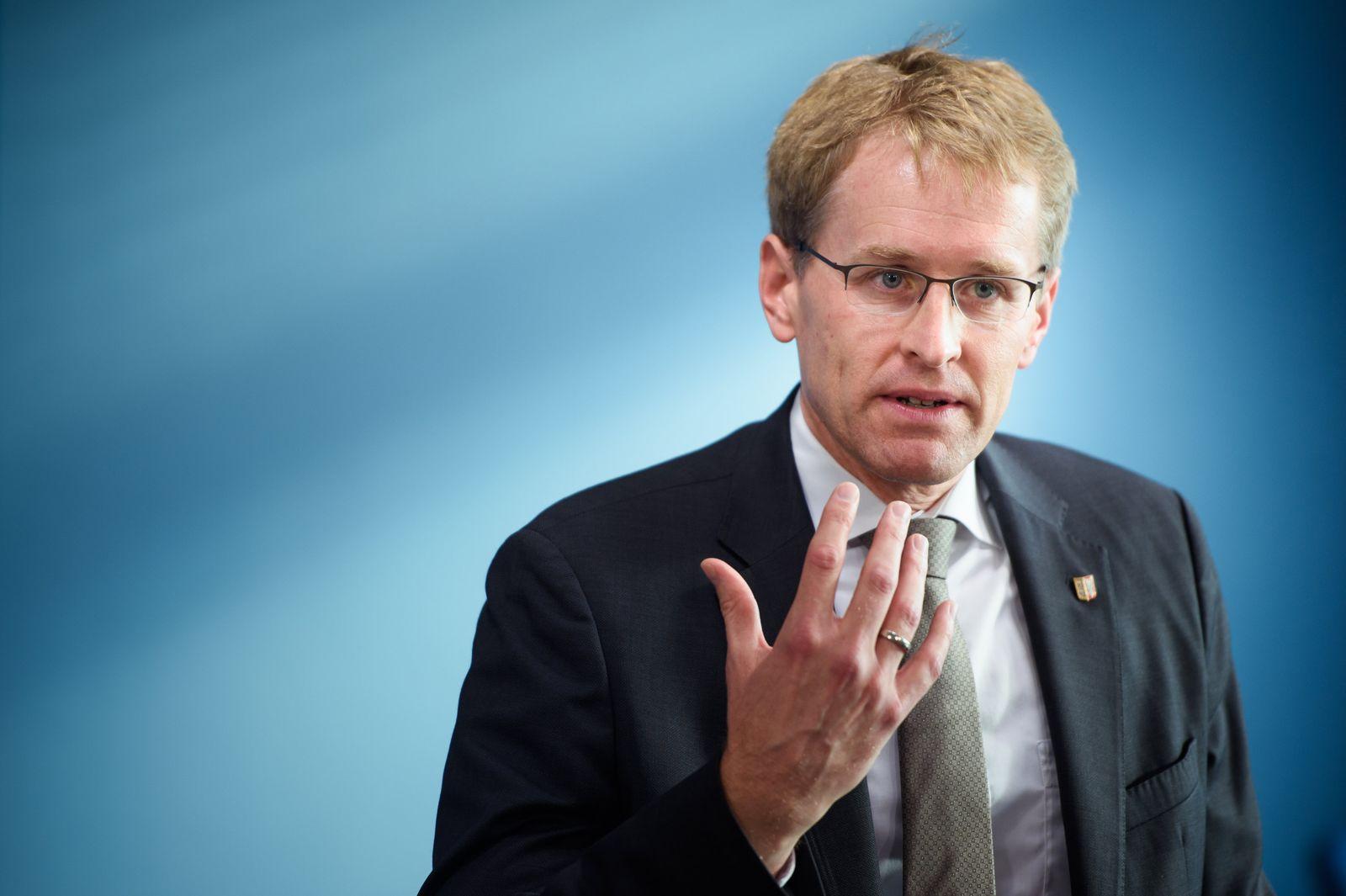 Ministerpräsident Günther zu neuen Corona-Maßnahmen