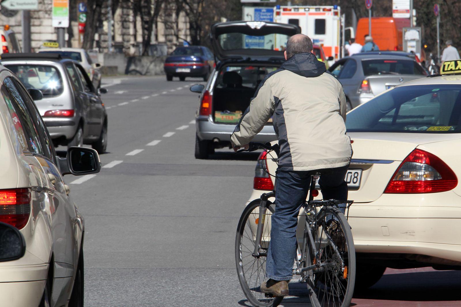 Fahrrad / Auto