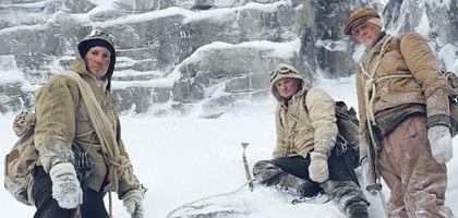 """""""Nordwand""""-Darsteller Fürmann, Lukas, Friedrich (v.l.n.r.): Überlebenskampf im Schnee"""
