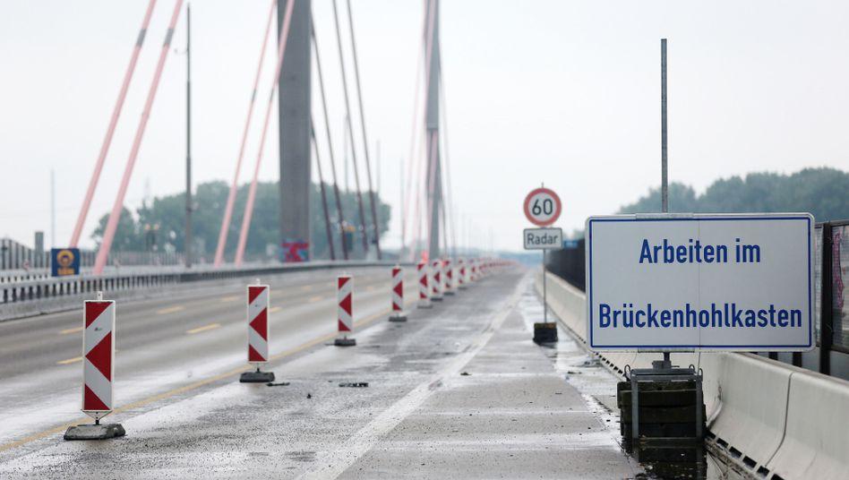 Leverkusener Brücke auf der Autobahn A1