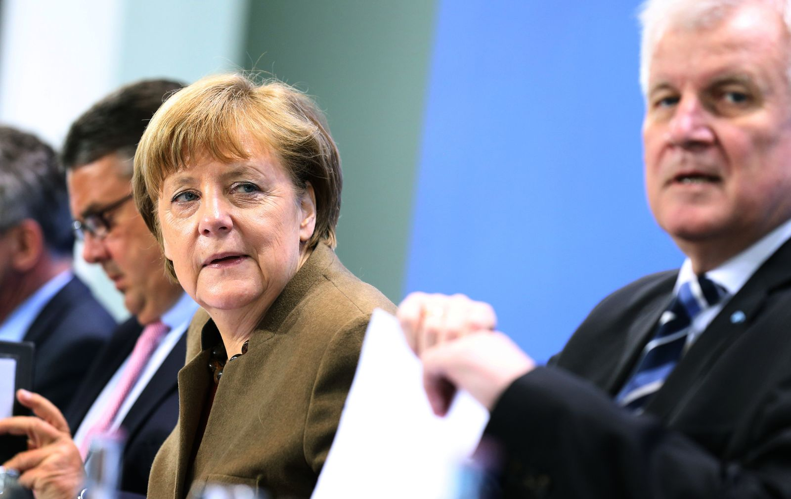 VIDEOTEASER Koalition einigt sich - Integrationsgesetz und Anti-Terror-Paket