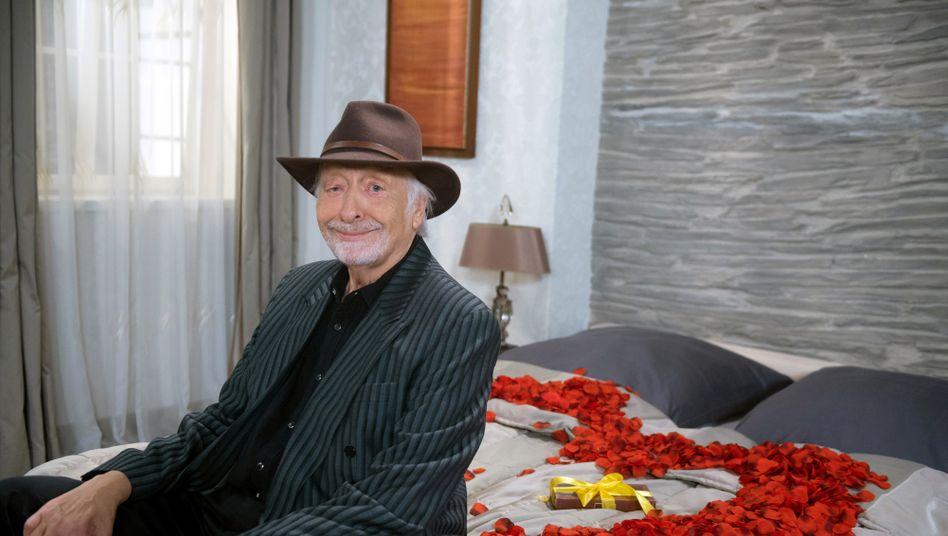 "Karl Dall am ""Rote Rosen""-Set"