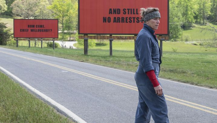 """""""Three Billboards Outside Ebbing, Missouri"""": Schwarz auf Rot"""