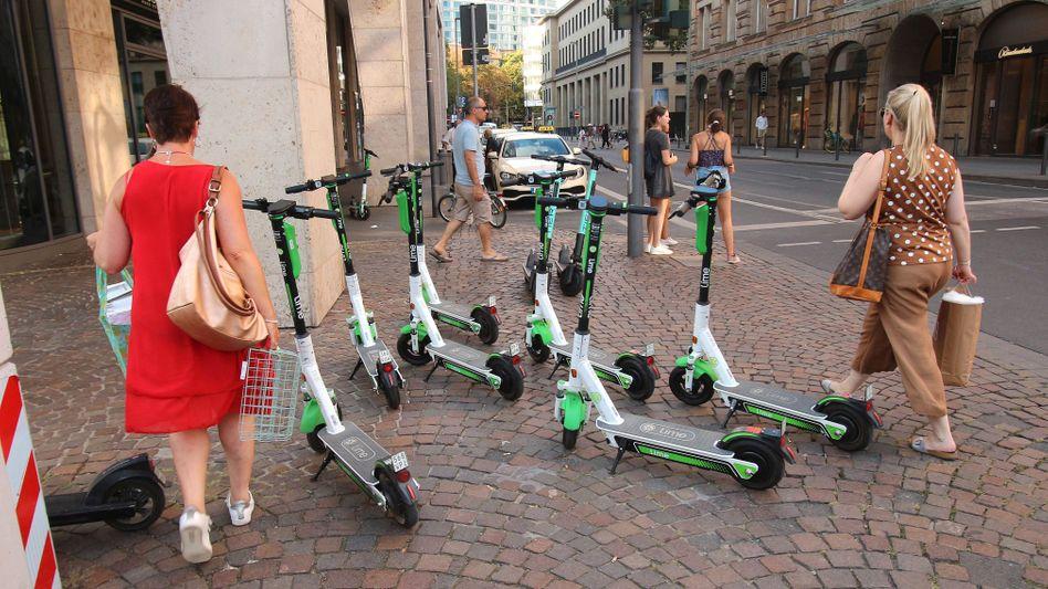 E-Scooter in Frankfurt: Roller haben »nicht vollends überzeugen können«