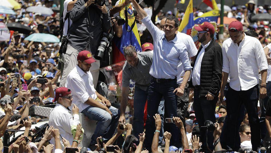 Juan Guaidó bei einer Kundgebung
