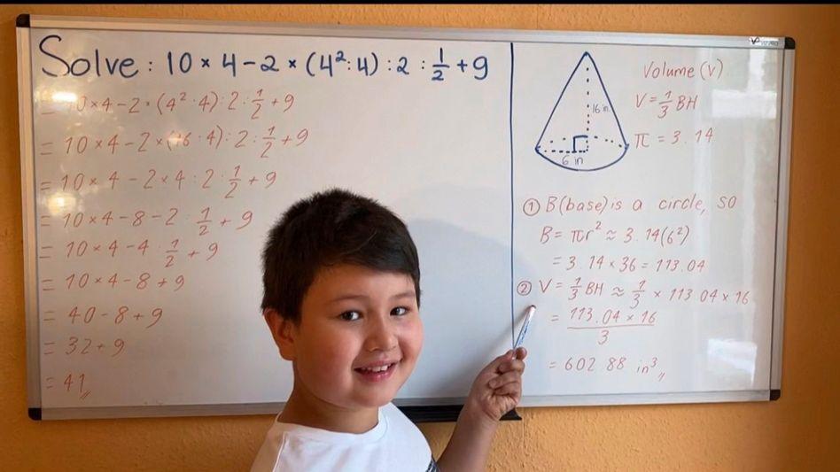 Friedrich Wendt, 8, mag Mathe sehr
