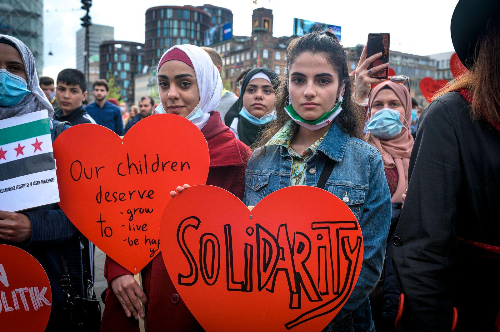 Demonstration against Denmark s migration policy, Copenhagen, Denmark Copenhagen, Denmark. 19th, May 2021. Thousands of