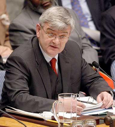 Sieht Deutschland nicht in der Isolation: Außenminister Fischer vor dem Weltsicherheitsrat