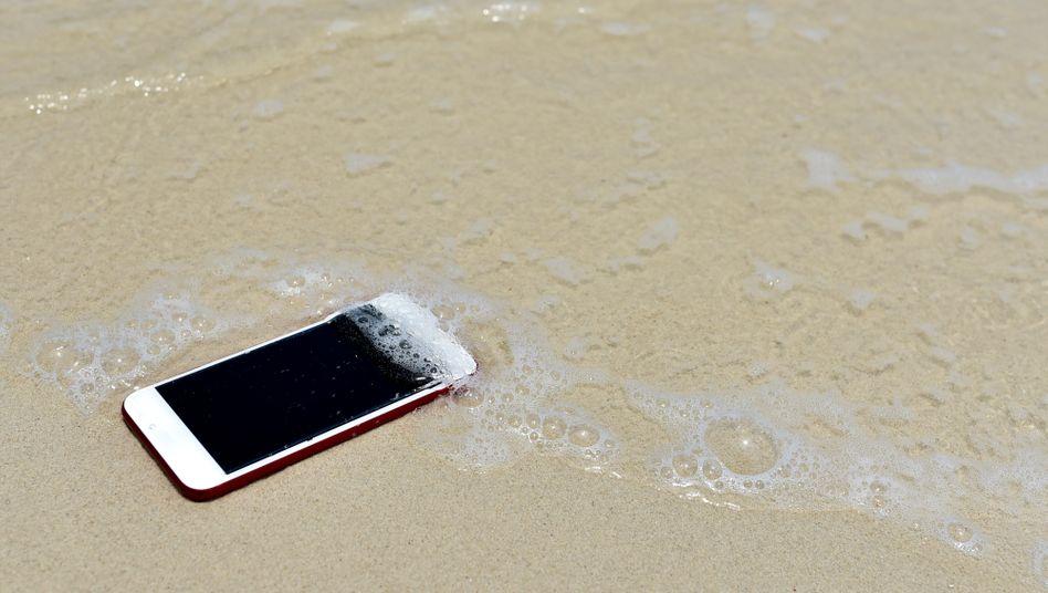 Ins Wasser gefallen: Sollte modernen iPhones nichts ausmachen – wenn die Bedingungen stimmen