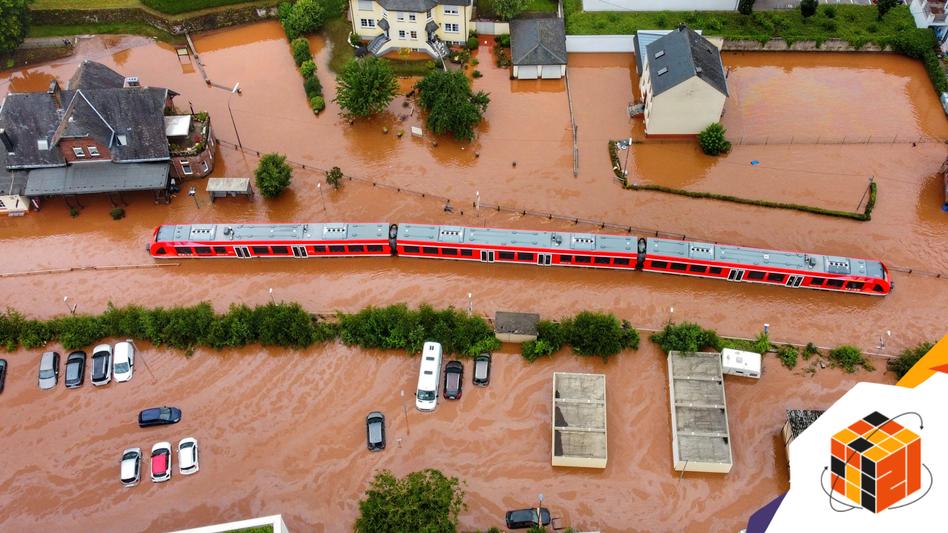 Regionalzug im überfluteten Kordel, Rheinland-Pfalz: Unternehmerisches Hochrisiko