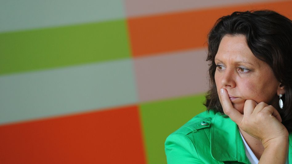 """German Consumer Protection Minister Ilse Aigner: """"The decisive thing is the question of linking data together."""""""