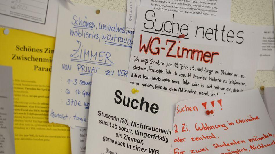 Schwarzes Brett an der Uni Konstanz (Archiv)