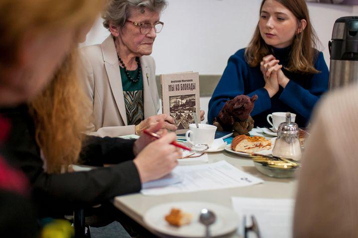 »Humanitäre Geste«: Begegnung zwischen Blockadeüberlebenden sowie deutschen und russischen Studierenden (2019)