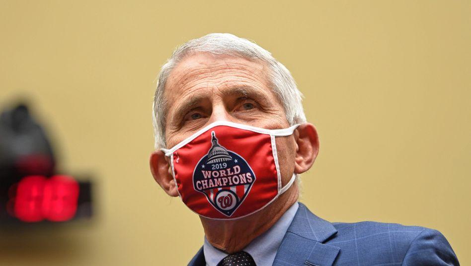 Anthony Fauci vor der Anhörung im US-Kongress: Wirbt für Masken