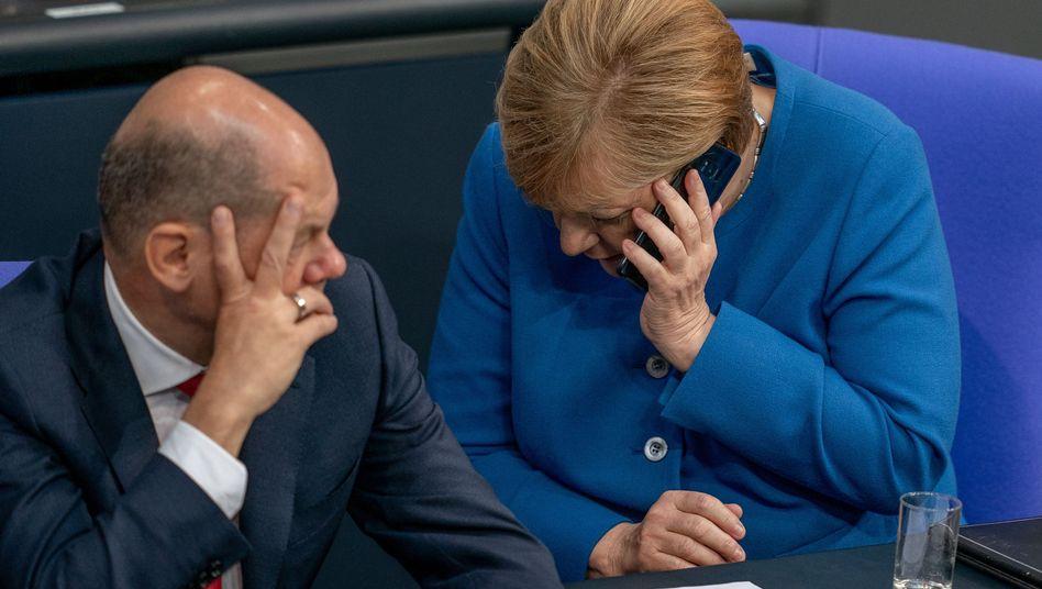 GroKo-Vizekanzler Olaf Scholz, Regierungschefin Angela Merkel: Anschluss unter dieser Nummer?