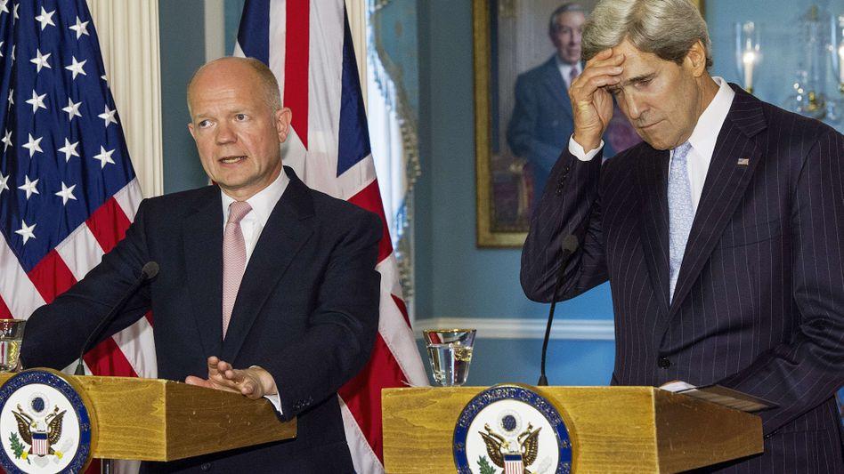 Außenminister Hague und Kerry (r): Keine Fortschritte bei Syrien-Gesprächen
