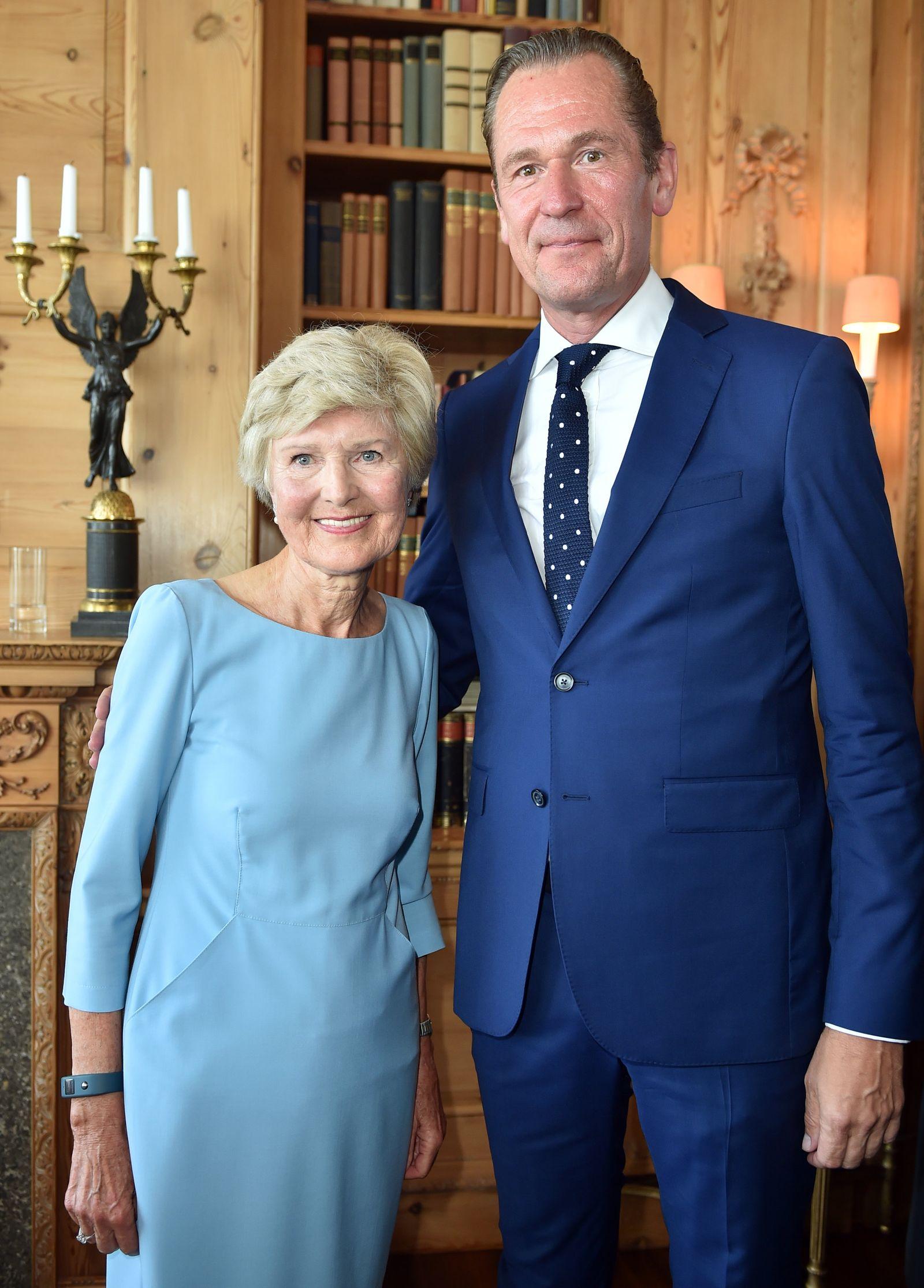 Friede Springer überlässt Döpfner Großteil ihrer Aktien am Konzer