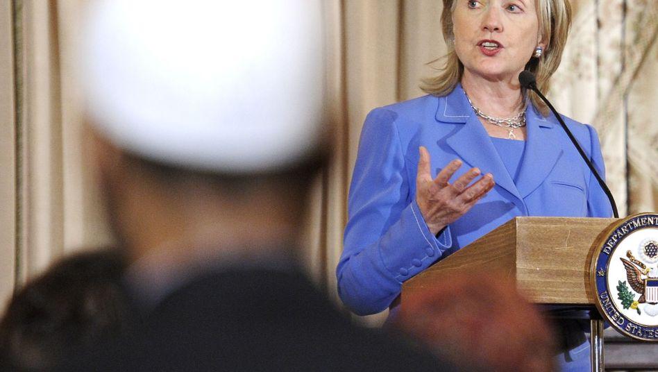US-Fundamentalisten: Clinton nennt Plan für Koran-Verbrennung schändlich