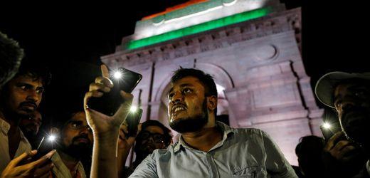 Indien: Soziale Netzwerke sollen Nachrichten-Urheber preisgeben