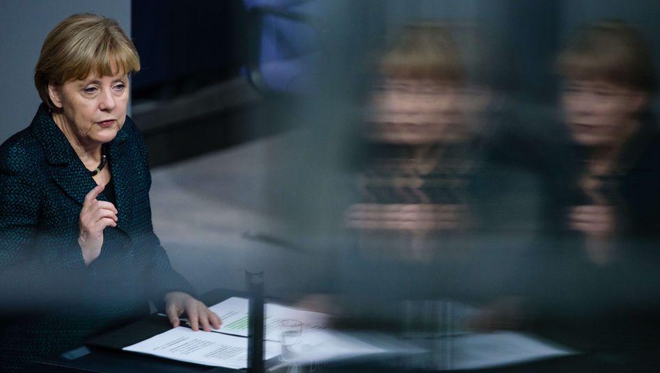 Rede im Bundestag: Merkel rechnet mit Russlands Ukraine-Politik ab