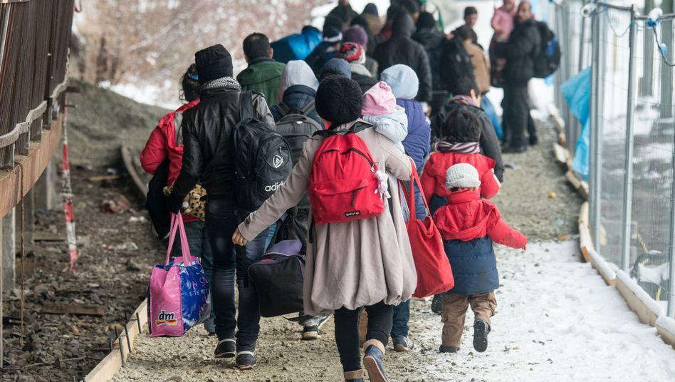 Flüchtlinge am Bahnhof in Passau (Archivbild)