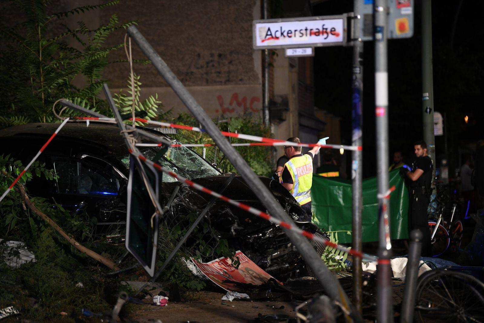 Unfall Berlin Gehweg Vier Tote