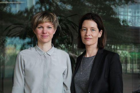 Neue Doppelspitze, neues Team: Frauke Lüpke-Narberhaus, 36, und Anke Dürr, 50, leiten das Ressort Leben
