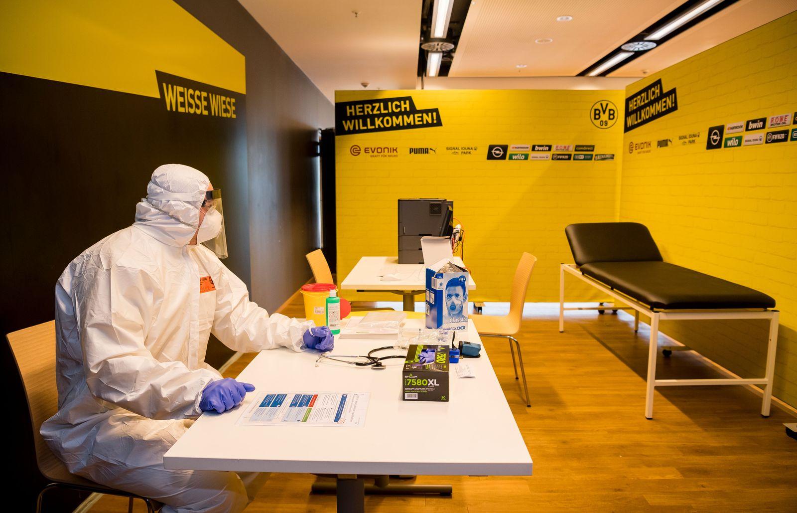 Westfalen Stadium to be turned into coronavirus treatment center, Dortmund, Germany - 03 Apr 2020