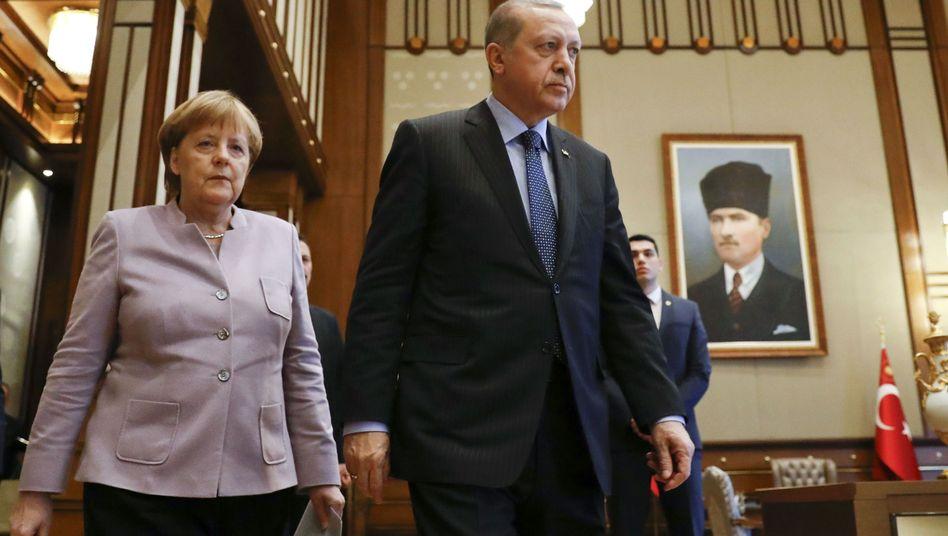 German Chancellor Angela Merkel and Turkish President Recep Tayyip Erdogan in Ankara