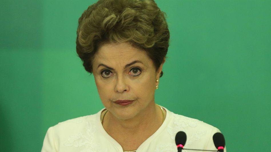 Präsidentin Rousseff: Spekulationen über Amtsenthebungsverfahren