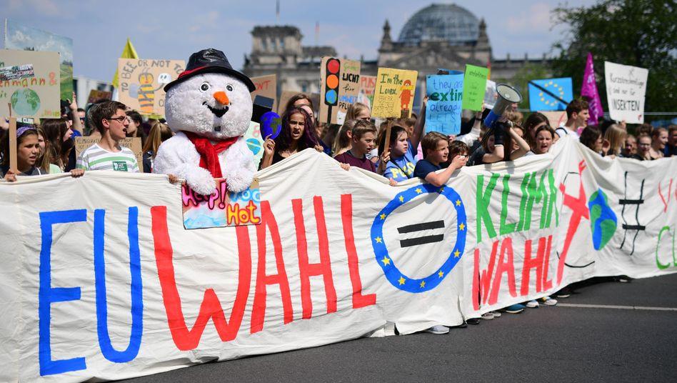 """""""Fridays for Future""""-Demo vor dem Bundestag im Mai: """"EU-Wahl = Klimawahl"""""""