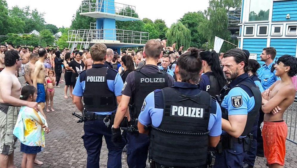 Columbiabad in Berlin-Neukölln: Massenschlägerei am Beckenrand