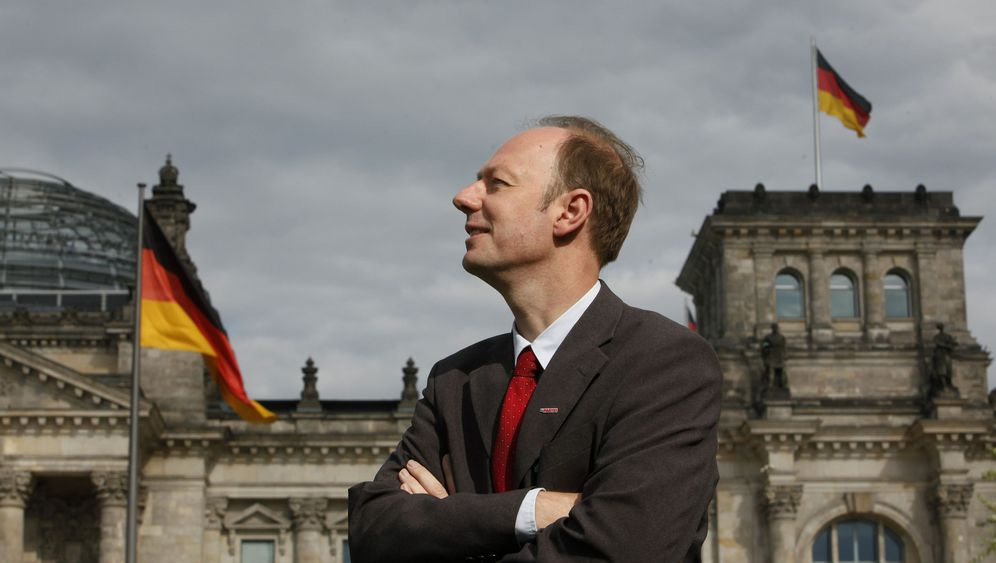 Photo Gallery: 'Die Partei' on Crusade to Liven Up German Election