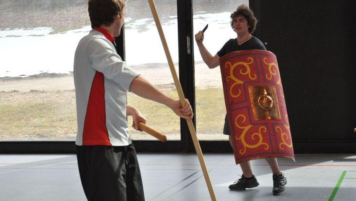 Studenten als Gladiatoren: Hoplomachus gegen Provokator