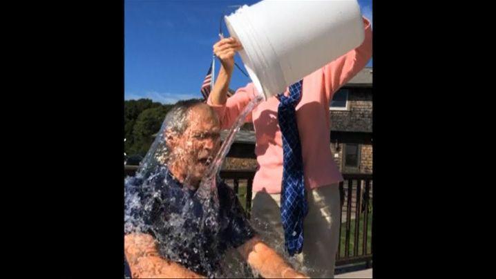 """""""Ice Bucket Challenge"""": Kübelweise Eiswasser"""