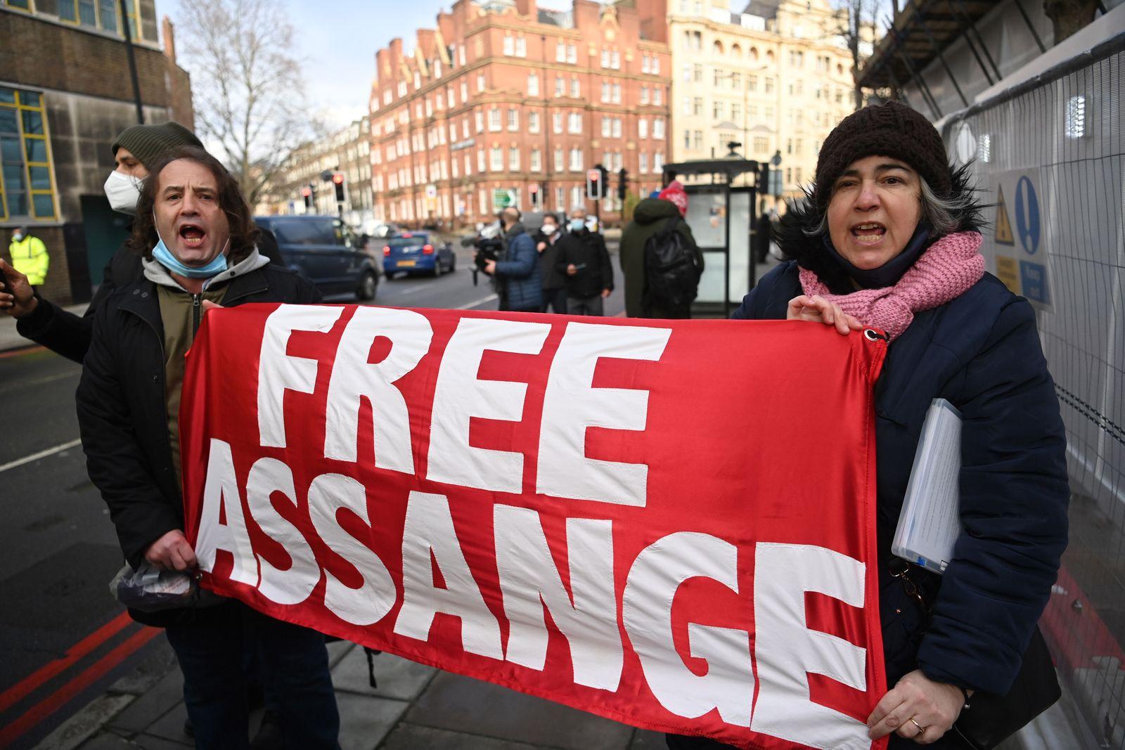 Julian Assange bail hearing, London, United Kingdom - 06 Jan 2021