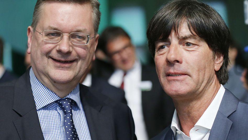 Reinhard Grindel (links) und Joachim Löw
