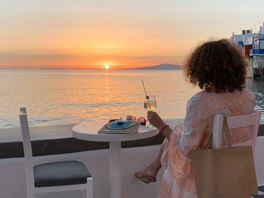 Sonnenuntergang auf Mykonos (Archiv)