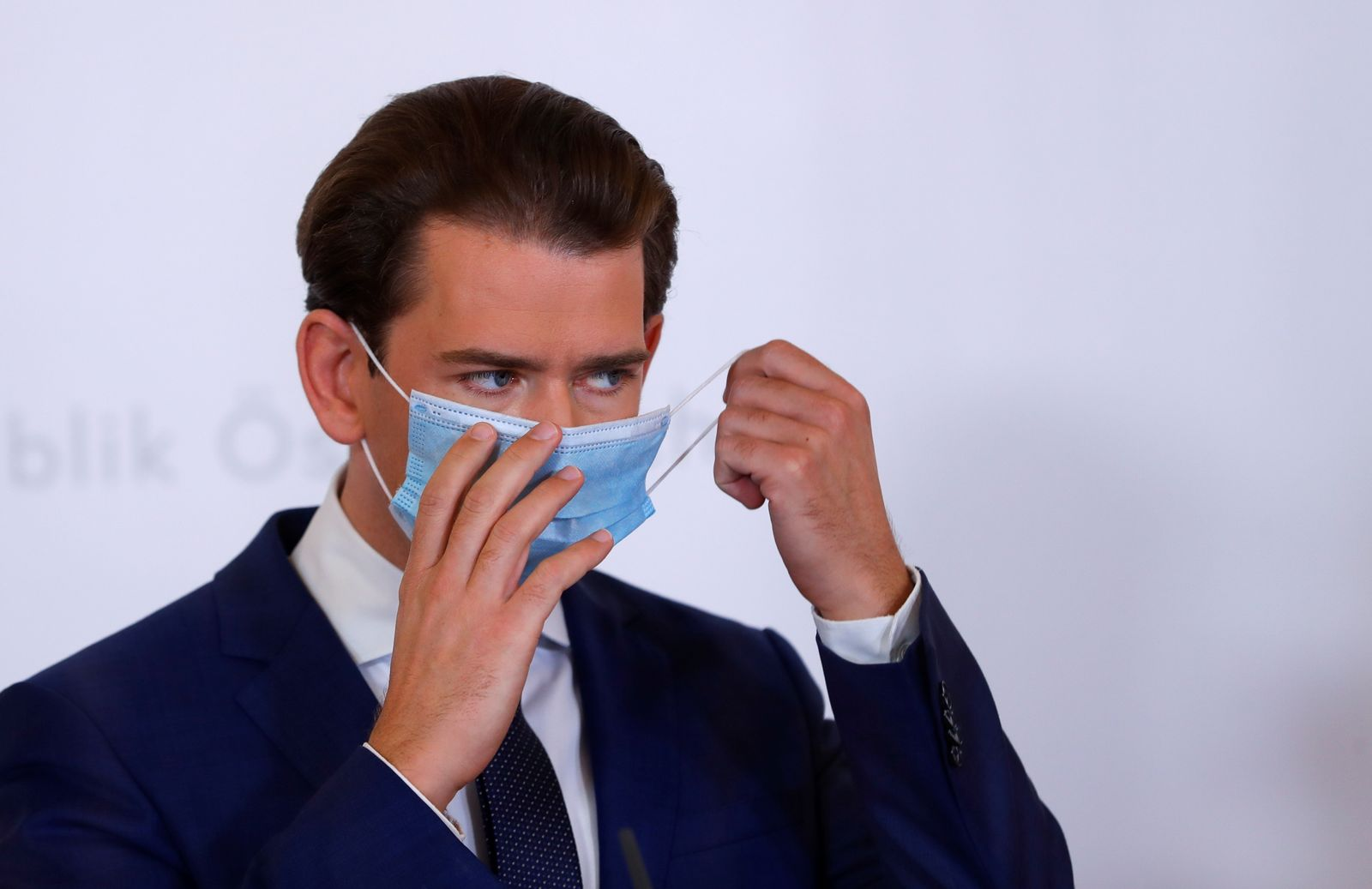 Austria's Chancellor Kurz attends a news conference in Vienna