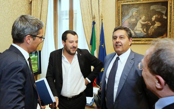 Matteo Salvini (r.) und Arno Kompatscher