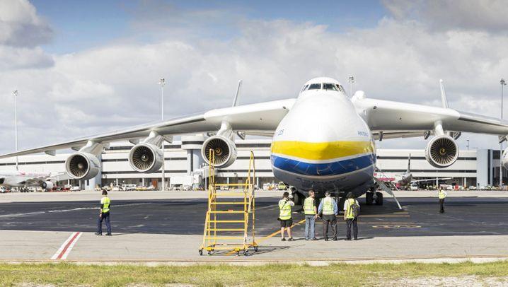 Größtes Flugzeug der Welt: Antonow 225 - Jet der Rekorde