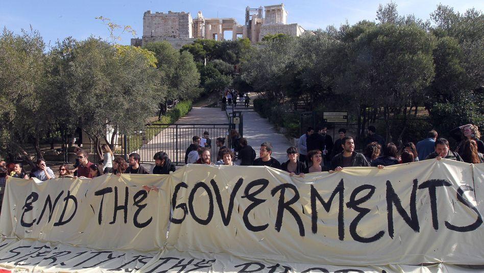 Demonstranten in Athen: Tagelanges Feilschen um neue Regierung