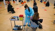 Mehrere EU-Länder setzen Coronaimpfungen aus