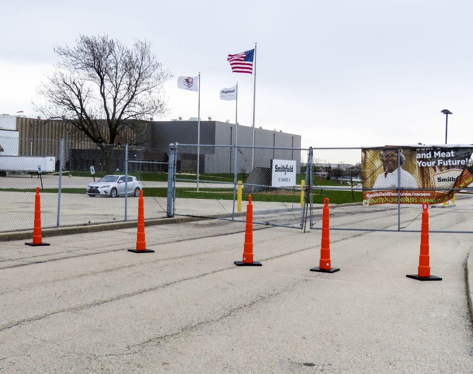 Coronavirus Covid-19 50th Smithfield pork processing plant closes, St Charles, USA - 10 Apr 2020