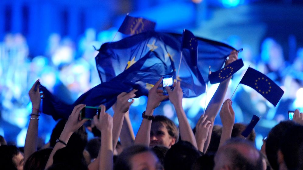 Photo Gallery: Celebrations in Zagre for Croatia's EU Entry