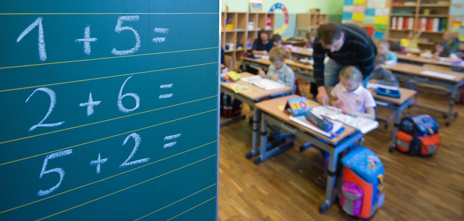 Schulreform Volksentscheid Hamburg Tafel Grundschule Grundschüler
